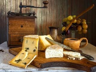 Собирать пазл Сыр и виноград онлайн