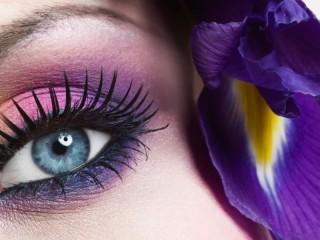 Собирать пазл Сиреневый макияж онлайн