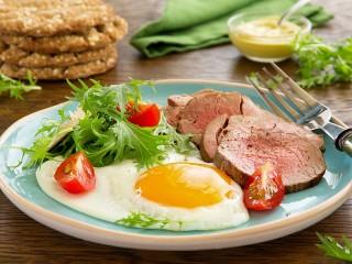 Собирать пазл Сытный завтрак онлайн