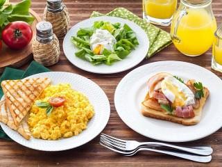 Собирать пазл Скрэмбл завтрак онлайн