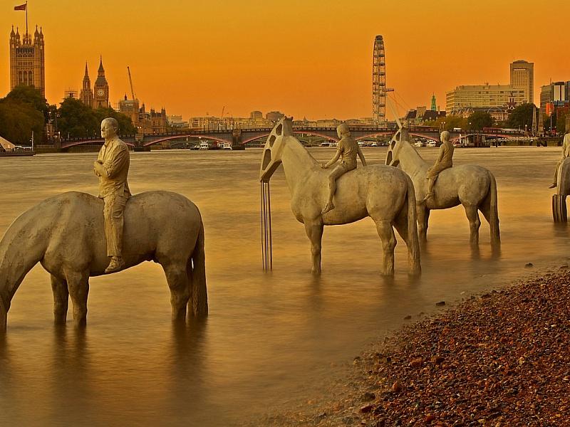 Пазл Собирать пазлы онлайн - Скульптуры Темзы