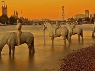 Собирать пазл Скульптуры Темзы онлайн