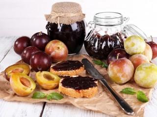 Собирать пазл Сливовая вкуснота онлайн