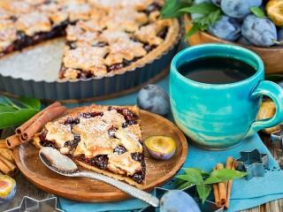 Собирать пазл Сливовый пирог онлайн