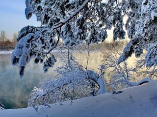 Собирать пазл Снег и мороз онлайн