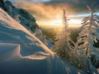 Собирать пазл Снежный склон онлайн