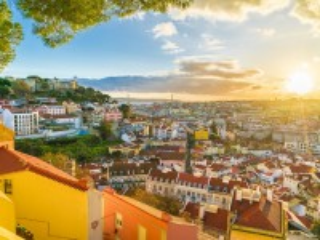 Собирать пазл Солнце Лиссабона онлайн