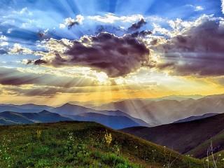 Собирать пазл Солнце за облаком онлайн