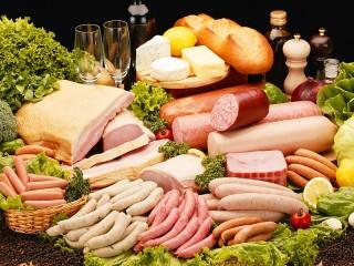 Собирать пазл Сосиски и колбасы онлайн