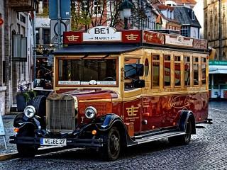 Собирать пазл Старый автобус онлайн