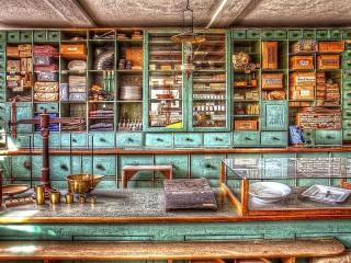Собирать пазл Старый магазинчик онлайн