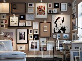 Собирать пазл Стена картин онлайн