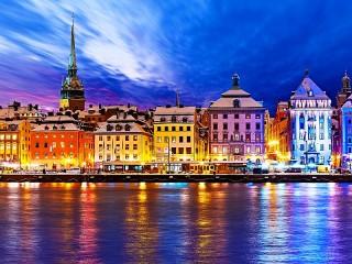 Собирать пазл Стокгольм онлайн