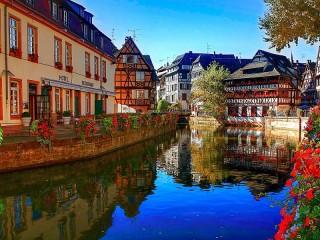 Собирать пазл Страсбург онлайн