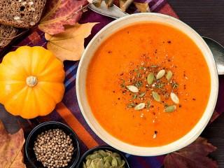 Собирать пазл Суп из тыквы онлайн