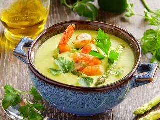 Собирать пазл Суп с креветками онлайн