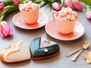 Собирать пазл Свадебные пряники онлайн