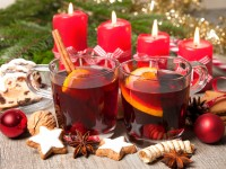 Собирать пазл Свечи к празднику онлайн