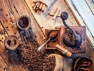 Собирать пазл Свежесмолотый кофе онлайн