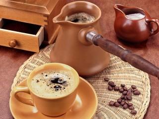 Собирать пазл Свежесвареный кофе онлайн