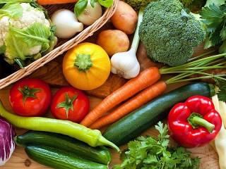 Собирать пазл Свежие овощи онлайн