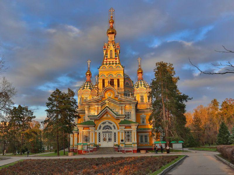Пазл Собирать пазлы онлайн - Свято-Вознесенский собор