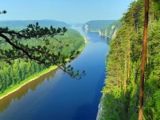Собирать пазл Таежная река онлайн