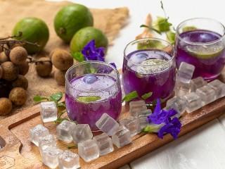 Собирать пазл Таинственный напиток онлайн