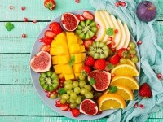 Собирать пазл Тарелка с фруктами онлайн