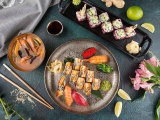 Собирать пазл Тарелка суши онлайн