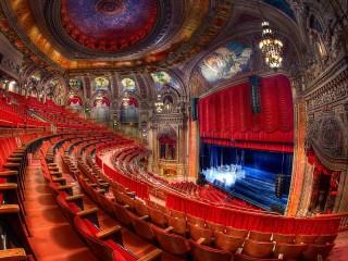 Собирать пазл Театр в Чикаго онлайн