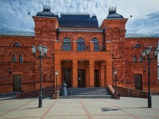 Собирать пазл Театр в Могилёве онлайн