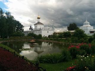 Собирать пазл Толгский монастырь онлайн