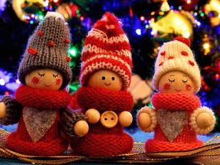 Собирать пазл Три куколки онлайн