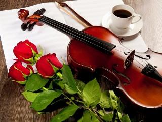 Собирать пазл Три розы и скрипка онлайн