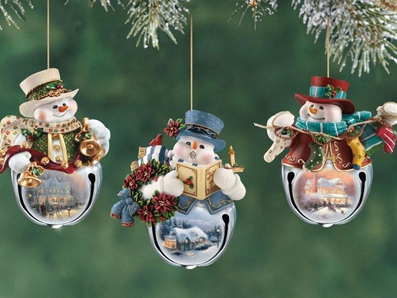 Пазл Собирать пазлы онлайн - Три снеговика