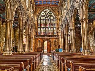 Собирать пазл Церковь Святой Марии онлайн