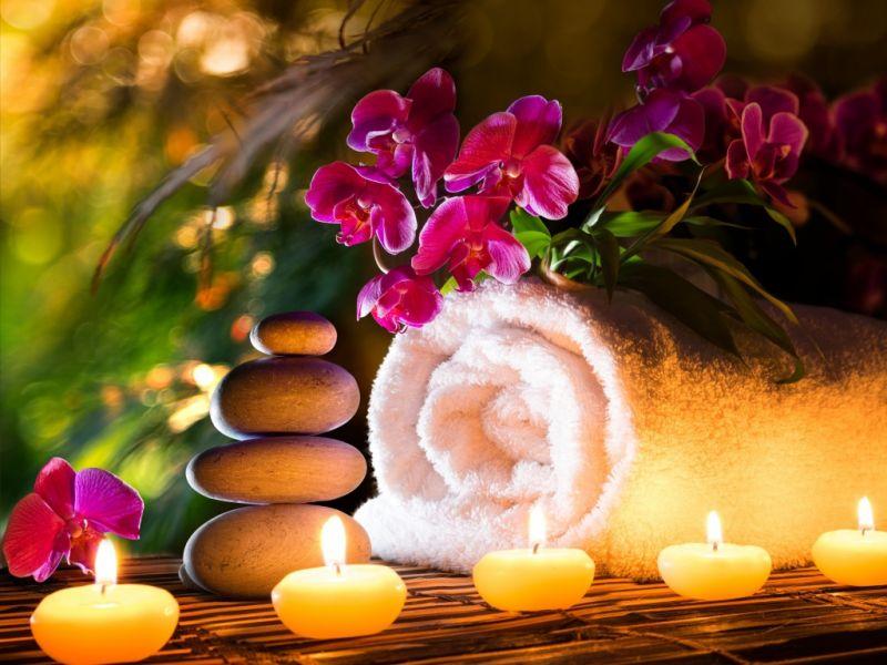 Пазл Собирать пазлы онлайн - Цветы на полотенце