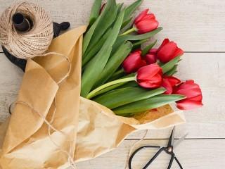 Собирать пазл Цветы в бумаге онлайн