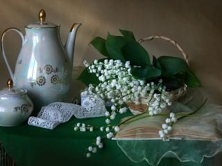 Собирать пазл Весенние цветы онлайн