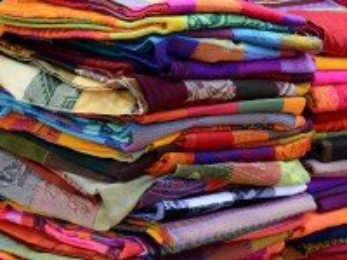 Собирать пазл Цветная ткань онлайн