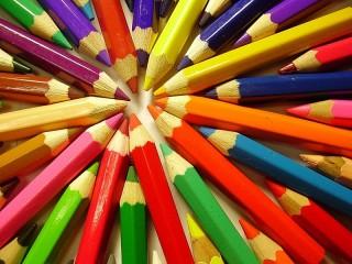 Собирать пазл Цветные карандаши онлайн