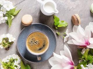 Собирать пазл Цветочный кофе онлайн