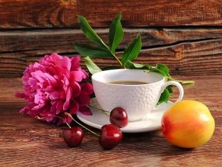 Собирать пазл Цветок и чай онлайн