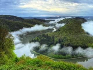 Собирать пазл Туман в горах онлайн