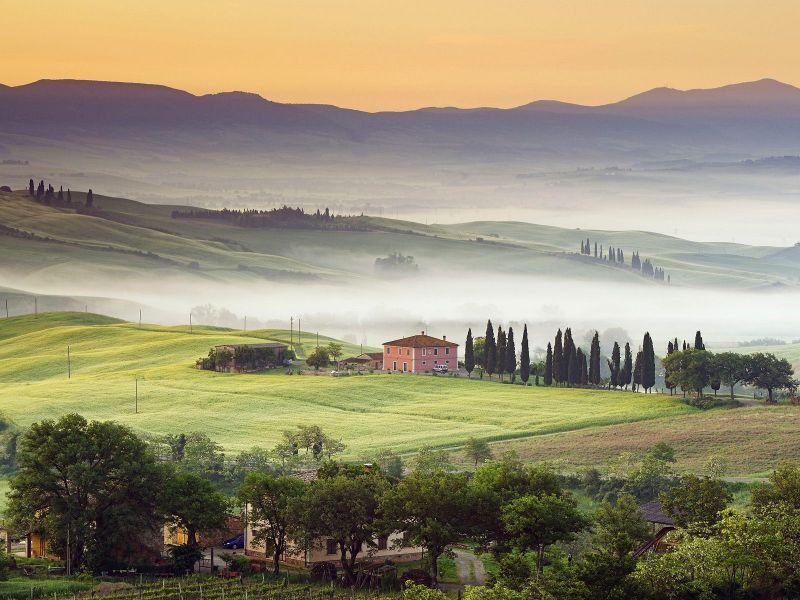 Пазл Собирать пазлы онлайн - Туманная Тоскана