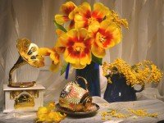 Собирать пазл Тюльпаны и граммофон онлайн