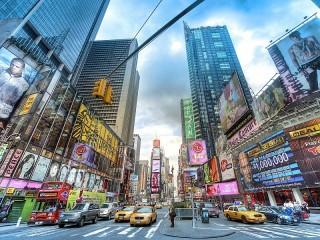 Собирать пазл Улица в Нью-Йорке онлайн