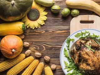 Собирать пазл Урожайный стол онлайн