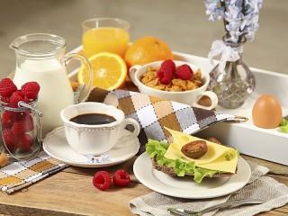 Собирать пазл Утренний кофе онлайн
